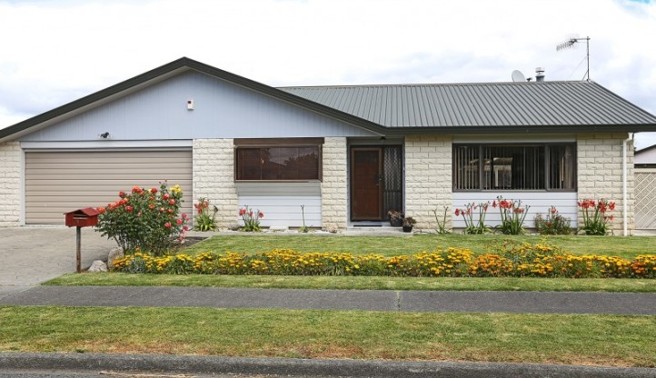 43 Whiting Crescent, Greenmeadows