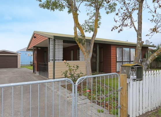 214 Mcleod Street, Hastings