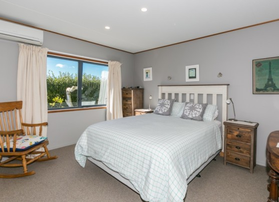 43 Shoal Beach Road, Aramoana